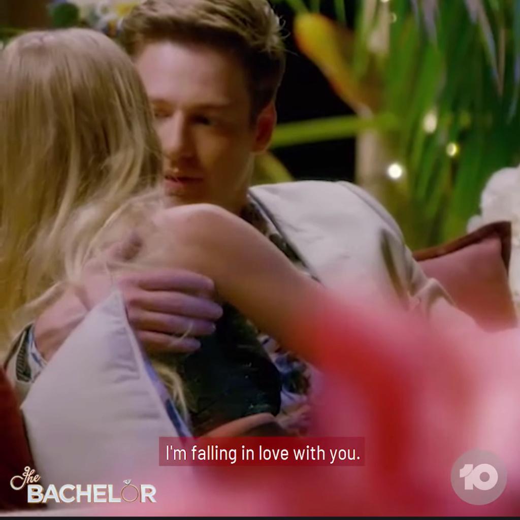 Chelsie - Black 1 Shoulder-sleeved Dress - Bachelor Australia - Matt Agnew - Season 7 - *Sleuthing Spoilers* - Page 5 Scree182