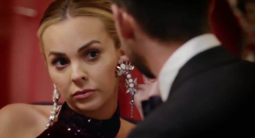 Bachelorette Australia - Angie Kent - Season 5 - ScreenCaps - *Sleuthing Spoilers* - Page 6 Scree240