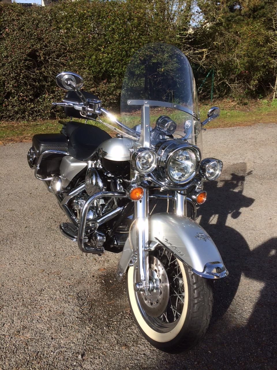Road King uniquement, combien sur Passion-Harley  - Page 13 Road_k12