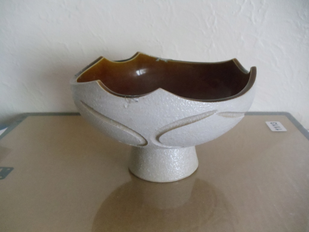 Footed bowl with mystery mark on bottom Footed11