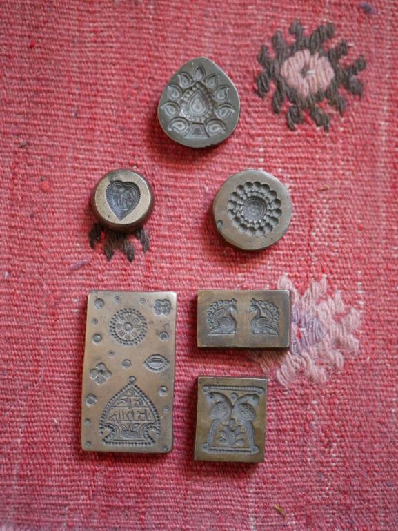Estampes Népalaises en bronze et acier P1130110