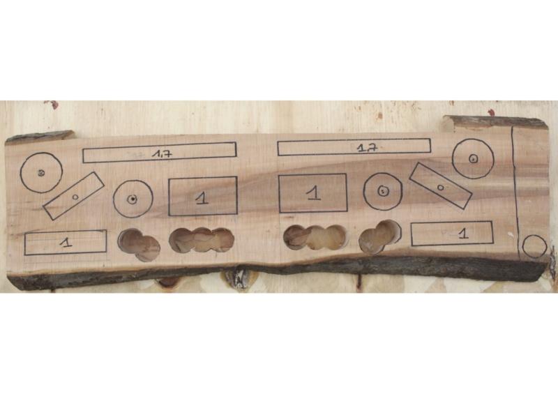 usiner des trous cylindriques à la foreuse colonne dans une planche d'escalade Planch10