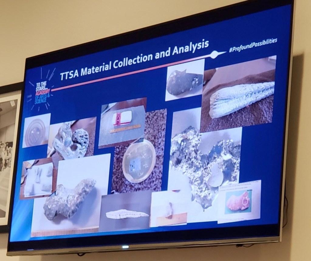Métamatériaux, artefacts et récolte d'échantillons présumés exotiques - Page 2 A_mate10