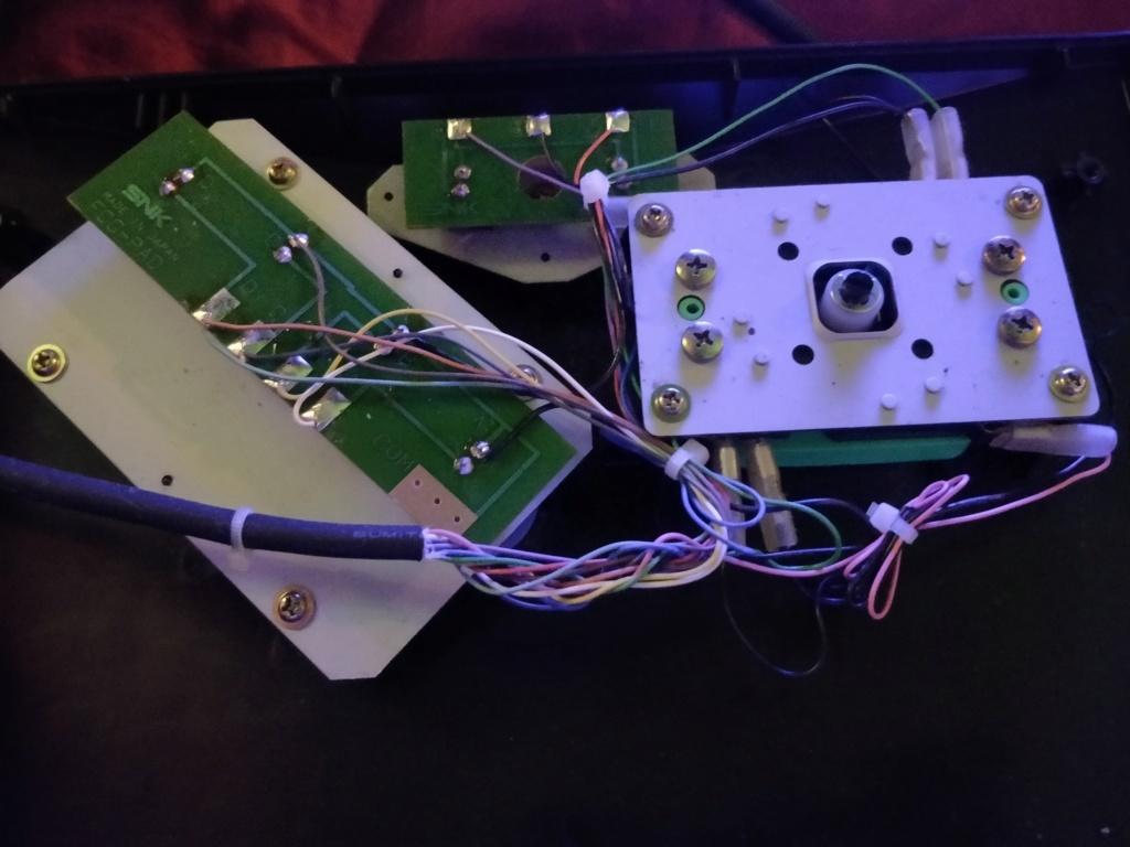 Problème vente stick carré Neo Geo leboncoin - Page 2 Img_2010