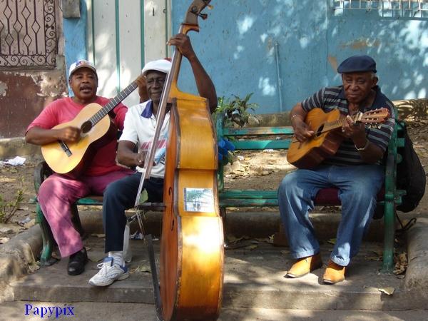 """N° 35 PFS """"Reglages / Niveaux Tons Sombre  / Clair / Moyen """" - Page 2 Cuba_m11"""