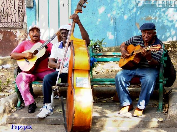 """N° 35 PFS """"Reglages / Niveaux Tons Sombre  / Clair / Moyen """" - Page 2 Cuba_m12"""
