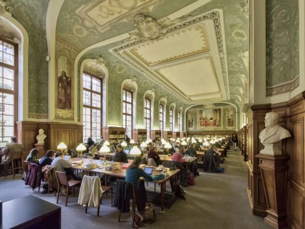 Bibliothèque Universitaire de l'Université Royale de Livadia  20140110