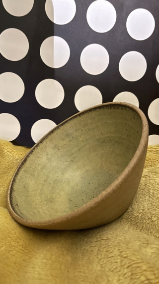 Beautiful Bowls but no strong makers marks Dd60ec10