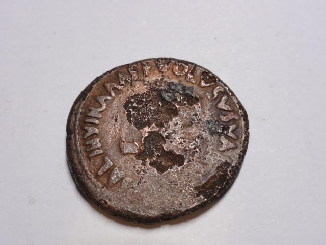 As de Augusto. VOLVSVS VALER MESSAL III VIR A A A F F alrededor de S C. Roma. Dsc06123