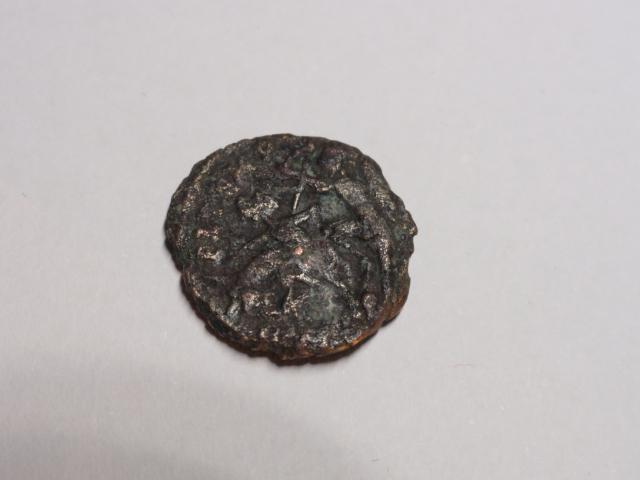 AE3 de Constancio II. FEL TEMP REPARATIO. Soldado alanceando jinete. Roma Dsc06915