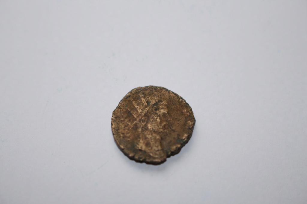 Antoniniano de Claudio II - MARS VLTOR - Marte a der. - Roma Img_1026
