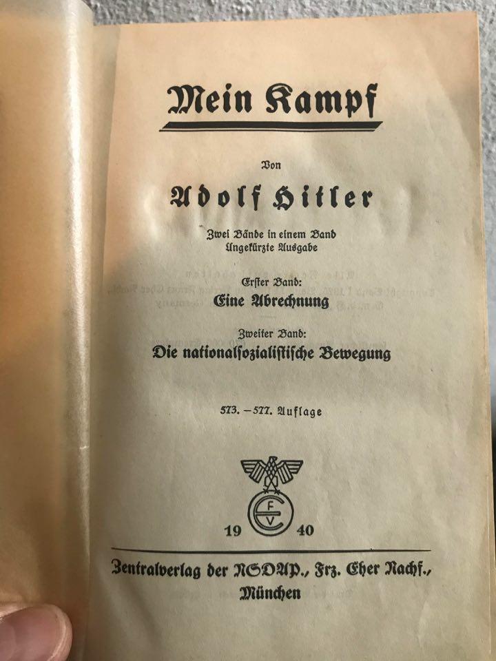 Mein Kampf Rouge 92360810