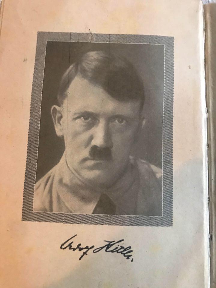 Mein Kampf Rouge 92807010