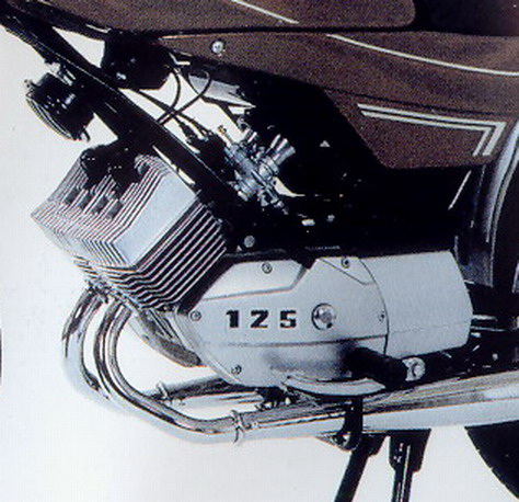 Moto LT1 125 Motobécane - Page 2 Motobe93
