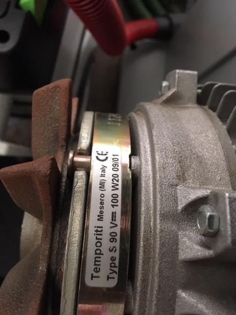 Problème frein moteur scie à ruban Meber Img_2810