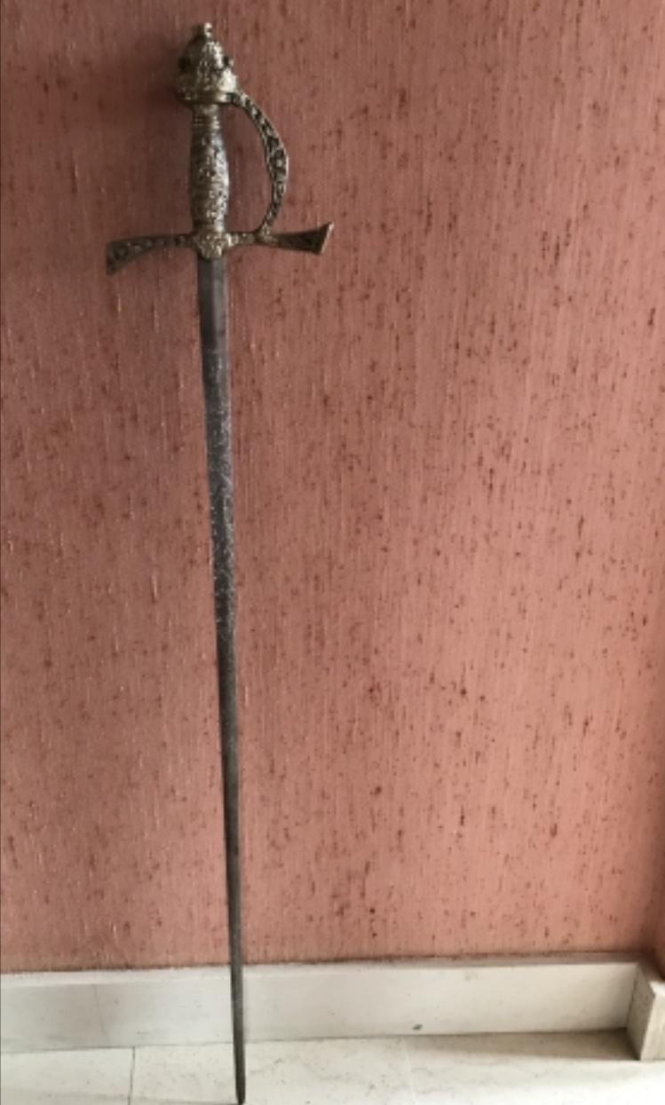 Vieille épée  65681510