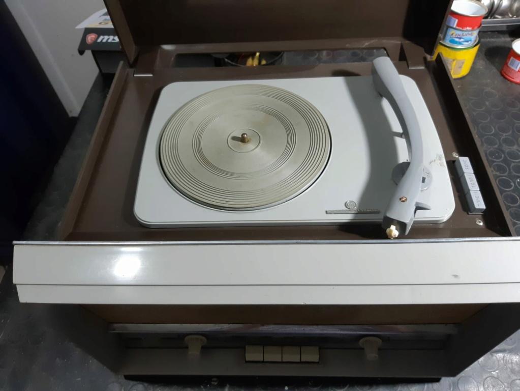 Cerco schema per radio CGE Phonic RF377 4626 Whatsa10