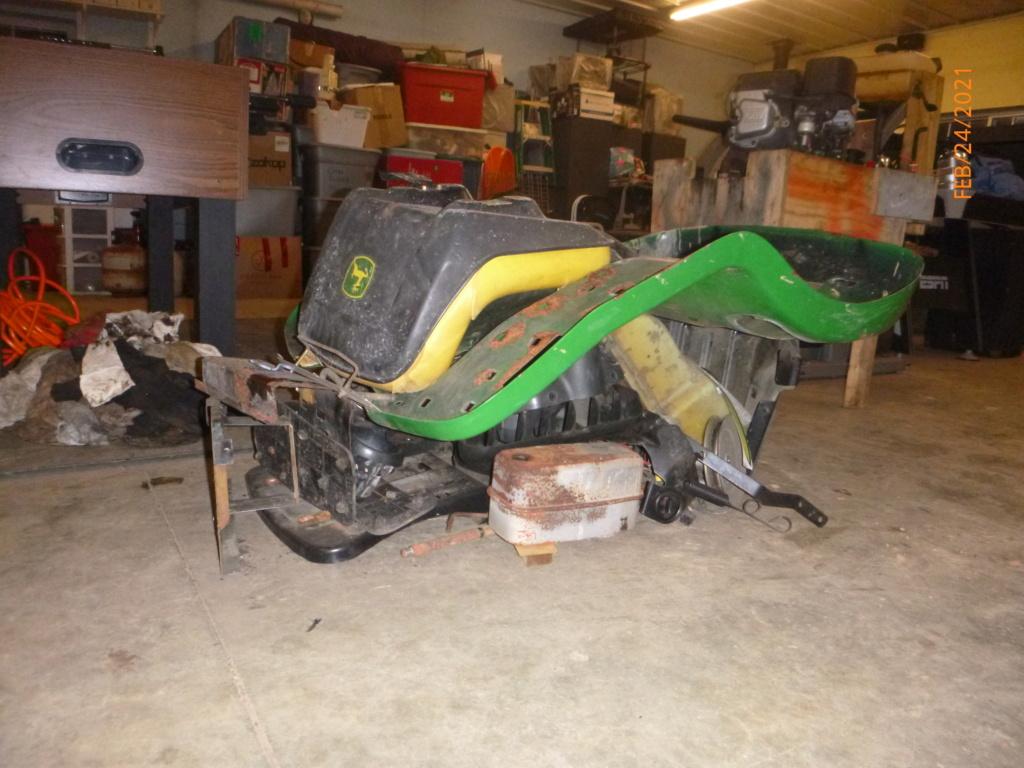 Murraymountain's Lawn Tractor Repairs 2021/2022 Season P1160016