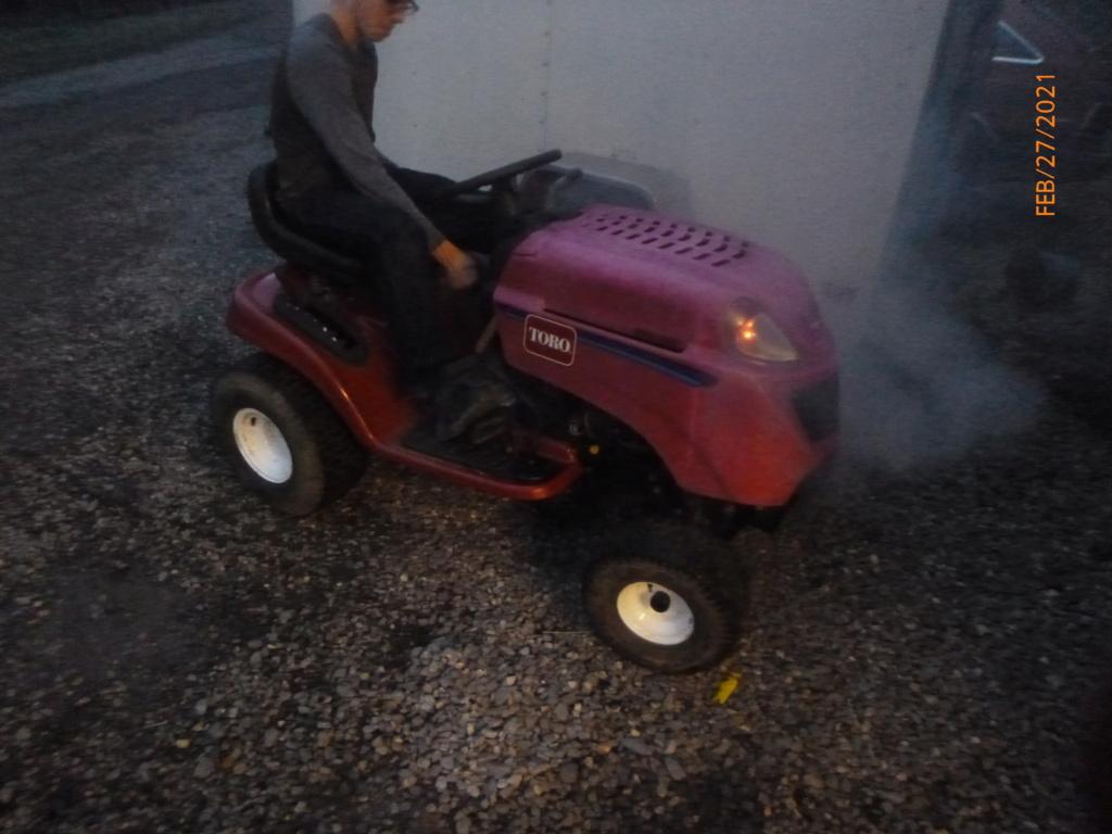 Murraymountain's Lawn Tractor Repairs 2021/2022 Season P1160032