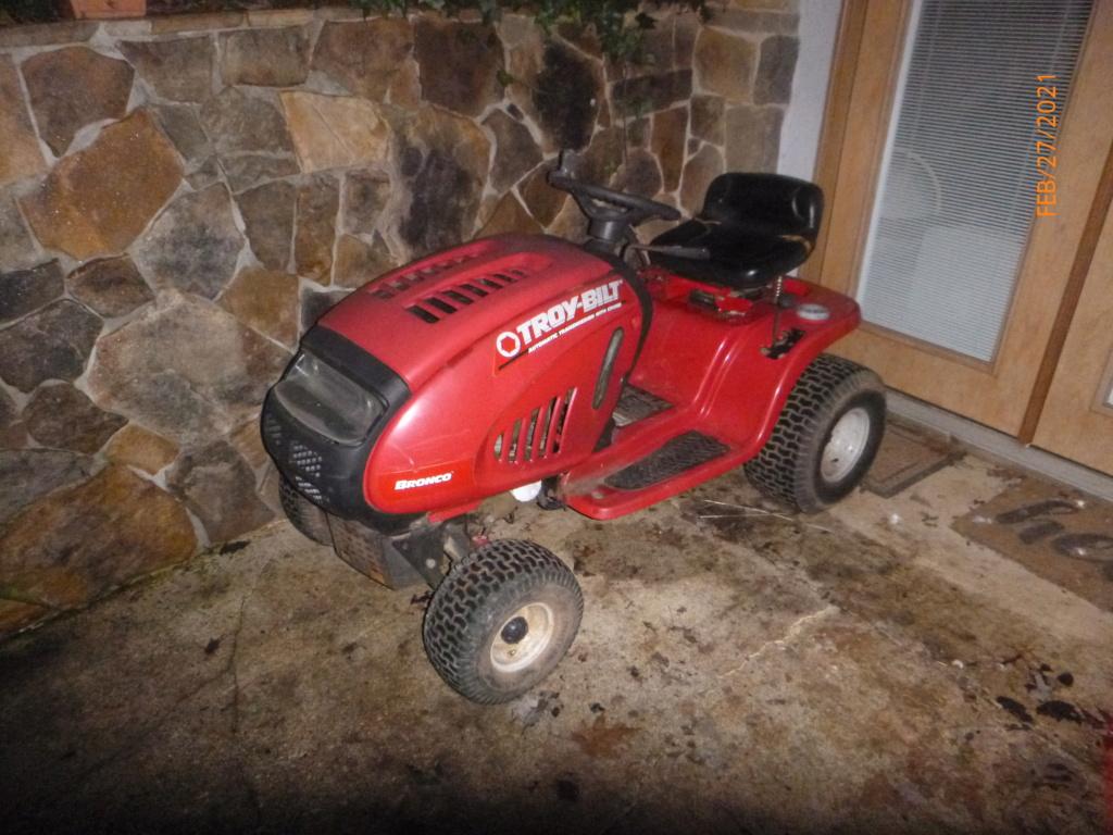 Murraymountain's Lawn Tractor Repairs 2021/2022 Season P1160034
