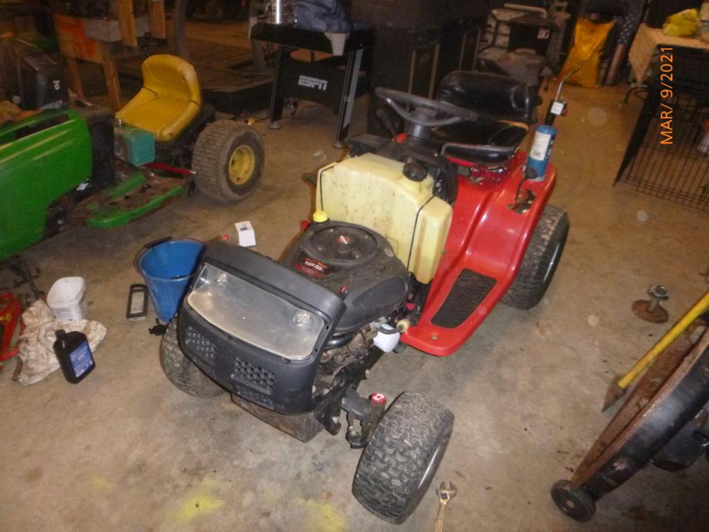 Murraymountain's Lawn Tractor Repairs 2021/2022 Season P1160038