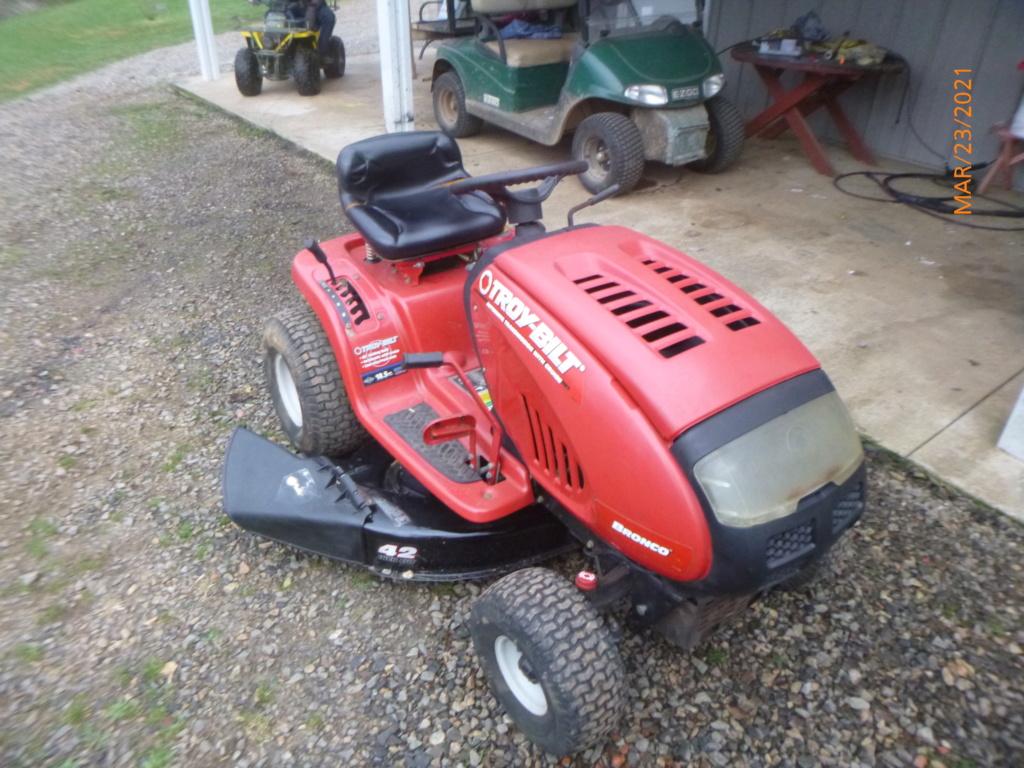 Murraymountain's Lawn Tractor Repairs 2021/2022 Season P1160117