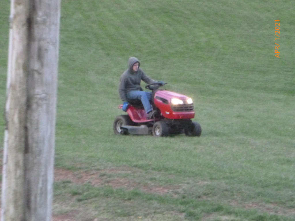 Murraymountain's Lawn Tractor Repairs 2021/2022 Season P1160123