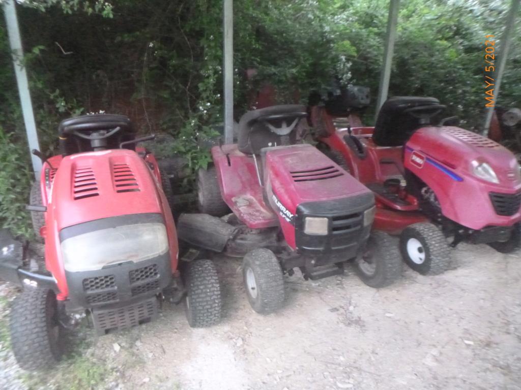 Murraymountain's Lawn Tractor Repairs 2021/2022 Season P1160313