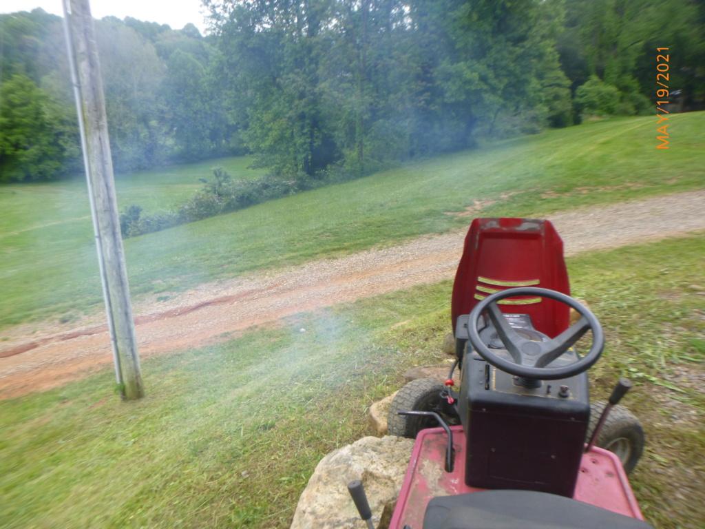 Murraymountain's Lawn Tractor Repairs 2021/2022 Season P1160431