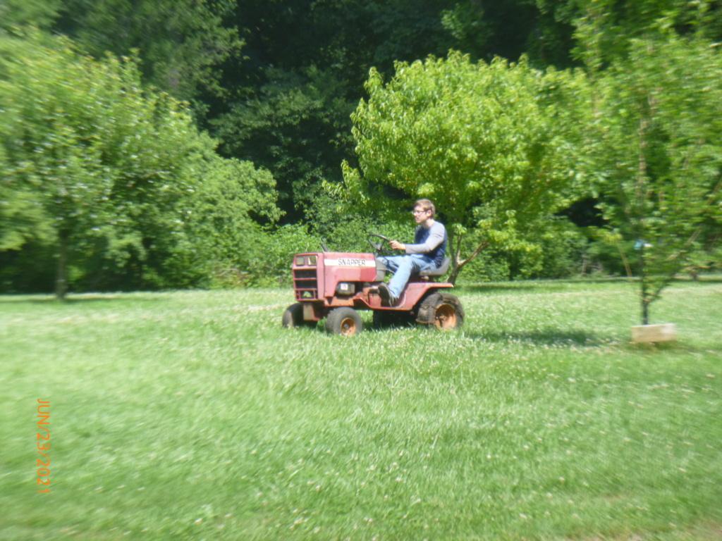 Murraymountain's Lawn Tractor Repairs 2021/2022 Season P1160452