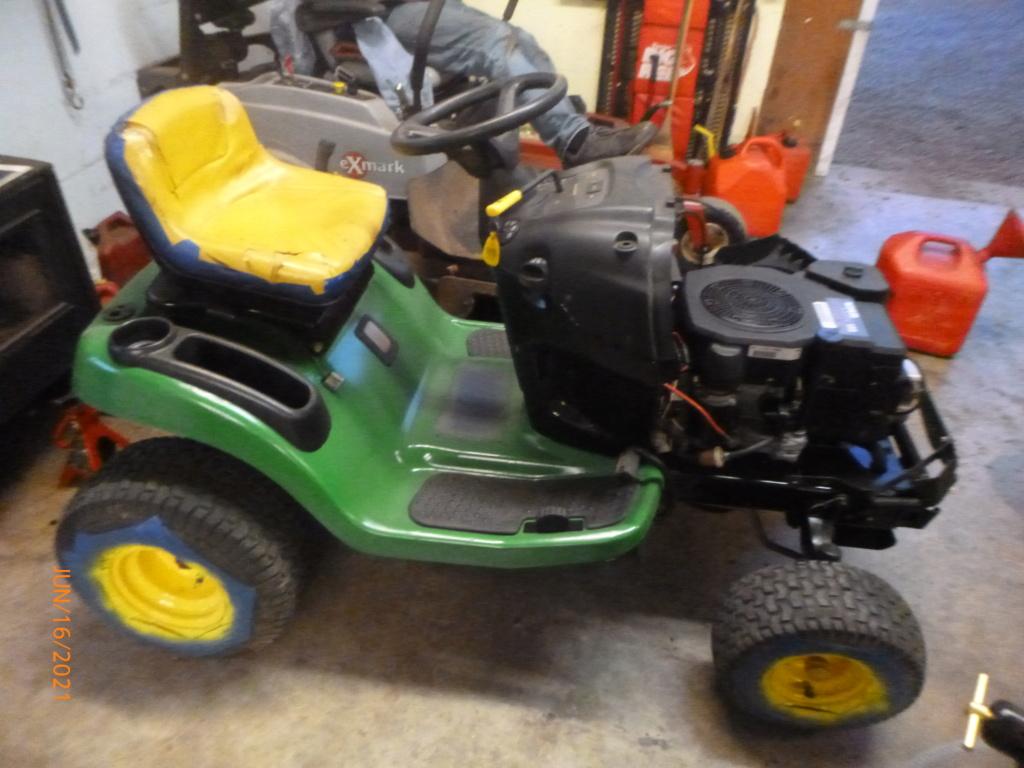 Murraymountain's Lawn Tractor Repairs 2021/2022 Season P1160453