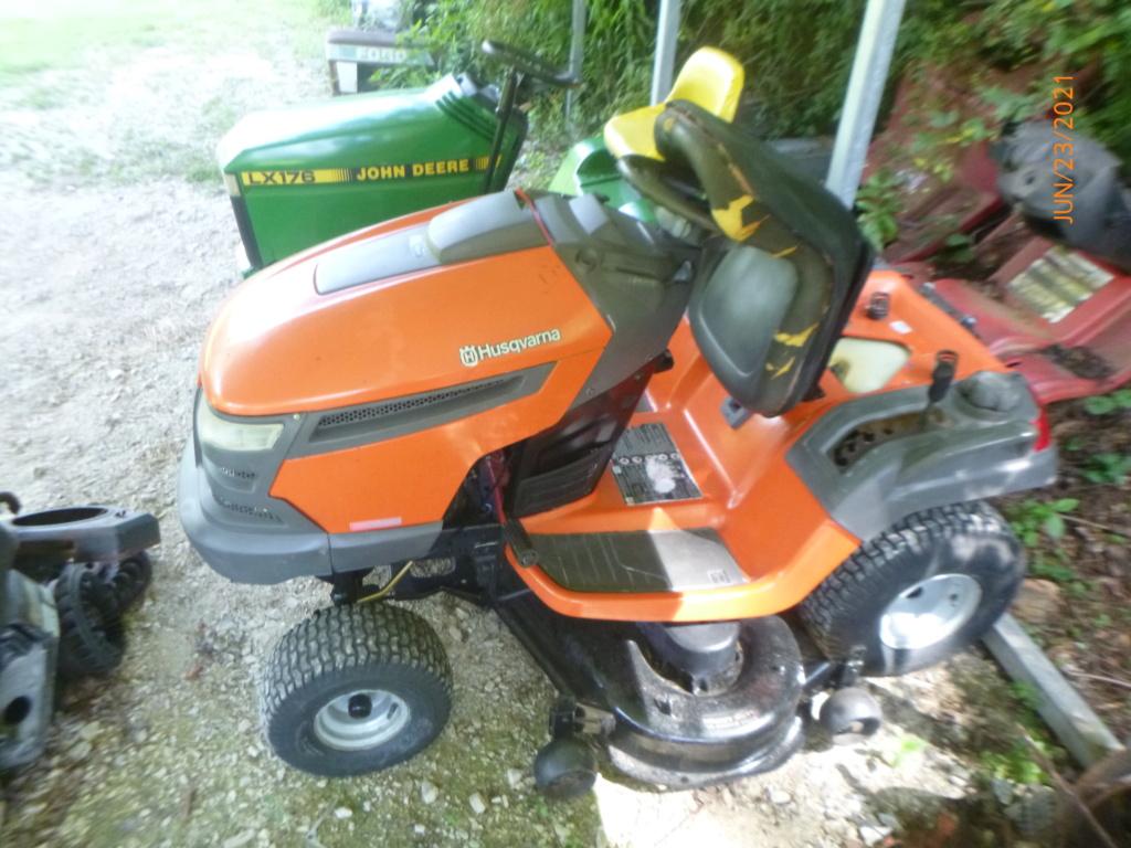 Murraymountain's Lawn Tractor Repairs 2021/2022 Season P1160513