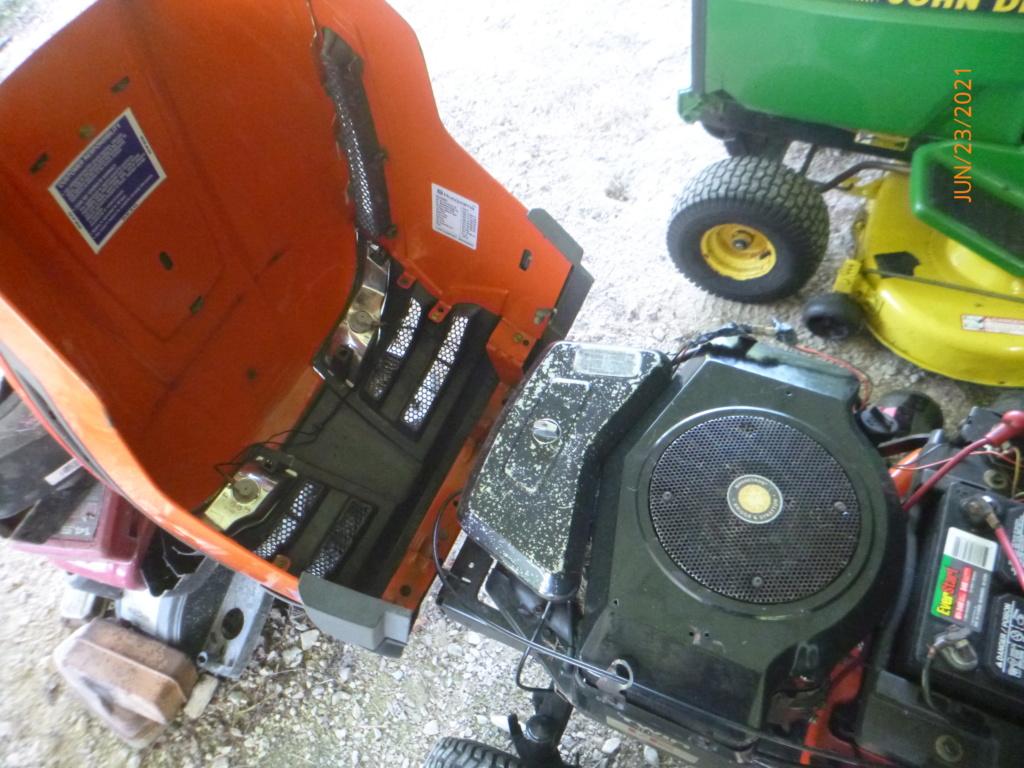 Murraymountain's Lawn Tractor Repairs 2021/2022 Season P1160514