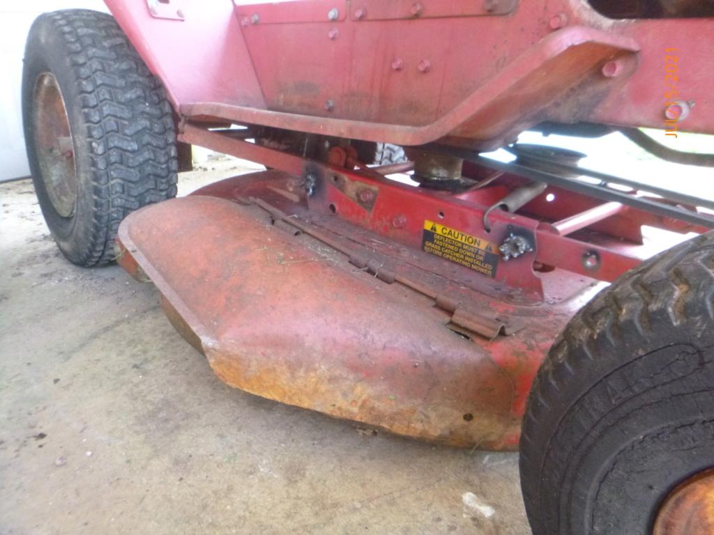 Murraymountain's Lawn Tractor Repairs 2021/2022 Season - Page 2 P1160524