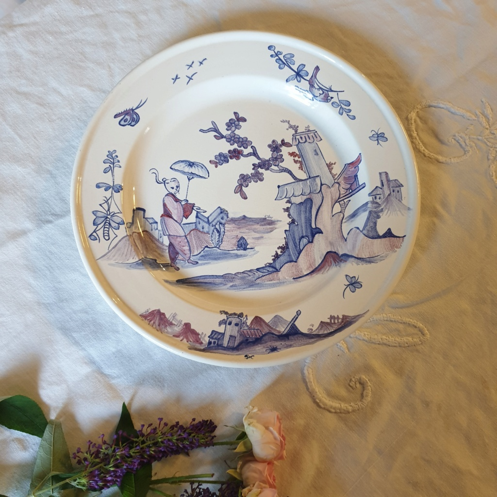 French /chinoiserie hand painted plate signed S.C - Saint Clement??  20210720