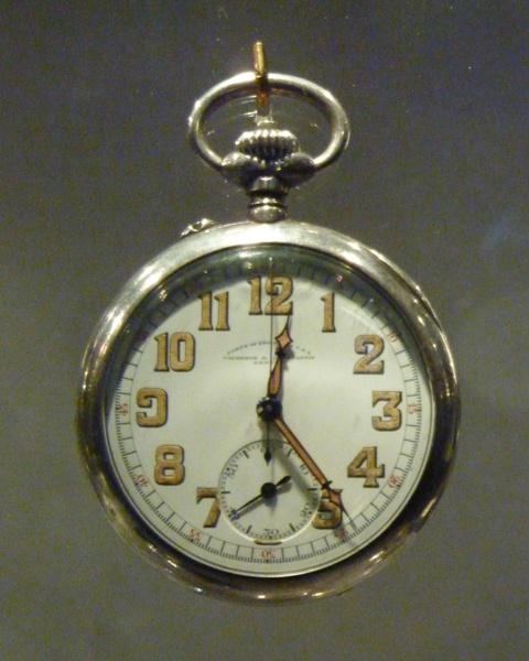 vacheron - COMPTE RENDU salon belles montres 2009 - Page 3 P1000518