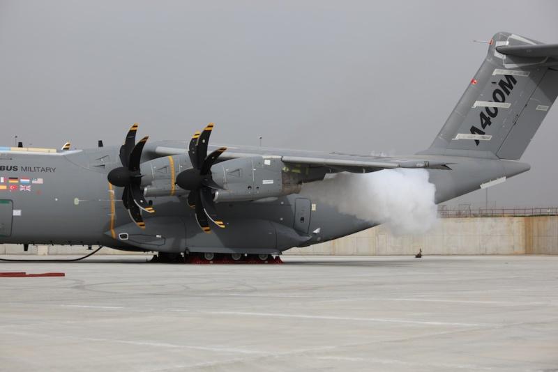 Sympath ce diporama de l'A400M en essais à Séville - Un renvoi de Denis Marlin Primer11