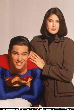 Loïs & Clark : les nouvelles aventures de superman Lcprom10
