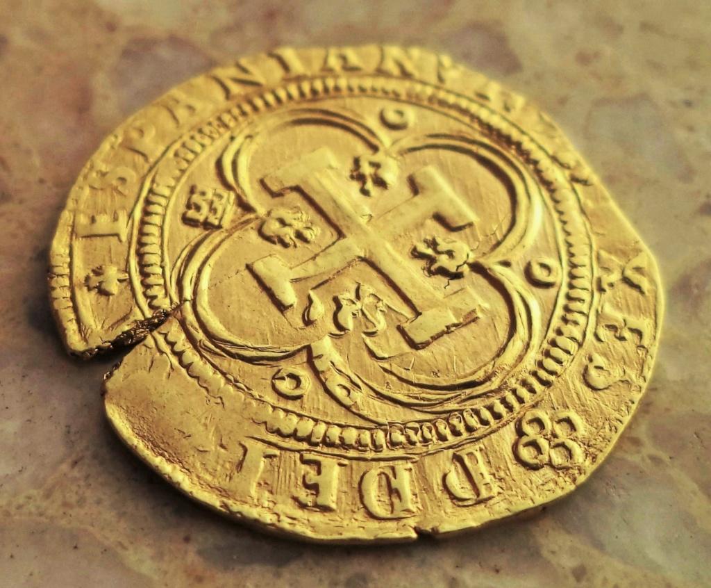 Escudo a nombre de Juana y Carlos de Segovia Dsc02010
