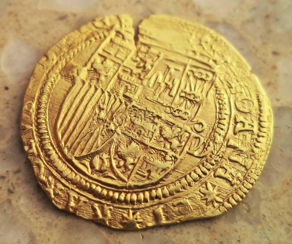 Escudo a nombre de Juana y Carlos de Segovia Dsc02012