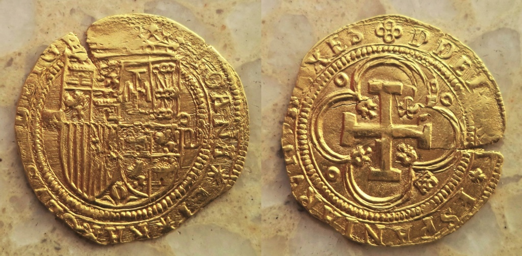 Escudo a nombre de Juana y Carlos de Segovia Dsc02910