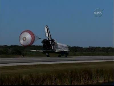 [STS-129] Atlantis : retour sur Terre 27/11/2009 - Page 2 Vlcsna55