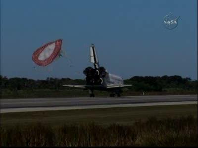 [STS-129] Atlantis : retour sur Terre 27/11/2009 - Page 2 Vlcsna56