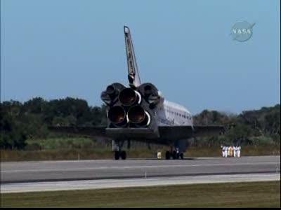 [STS-129] Atlantis : retour sur Terre 27/11/2009 - Page 2 Vlcsna65