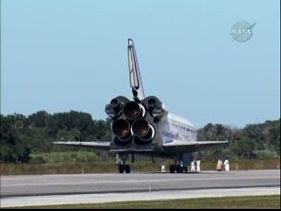 [STS-129] Atlantis : retour sur Terre 27/11/2009 - Page 2 Vlcsna67