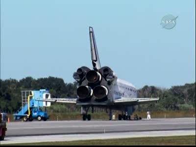 [STS-129] Atlantis : retour sur Terre 27/11/2009 - Page 2 Vlcsna69