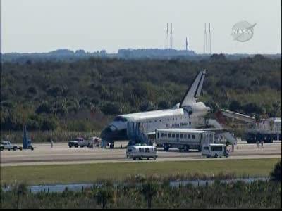 [STS-129] Atlantis : retour sur Terre 27/11/2009 - Page 2 Vlcsna75
