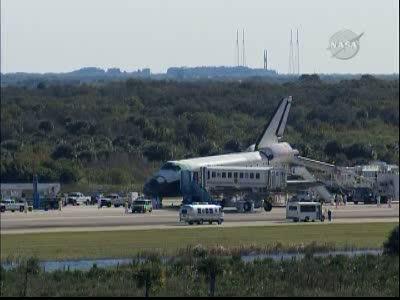 [STS-129] Atlantis : retour sur Terre 27/11/2009 - Page 2 Vlcsna77