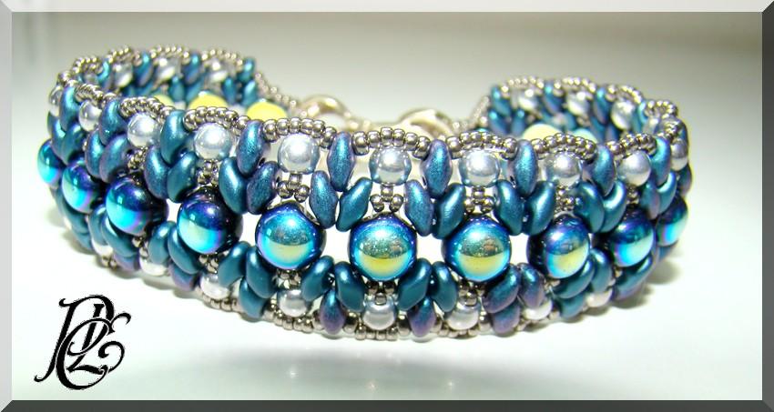 Ribambelle de bracelets Dsc06438