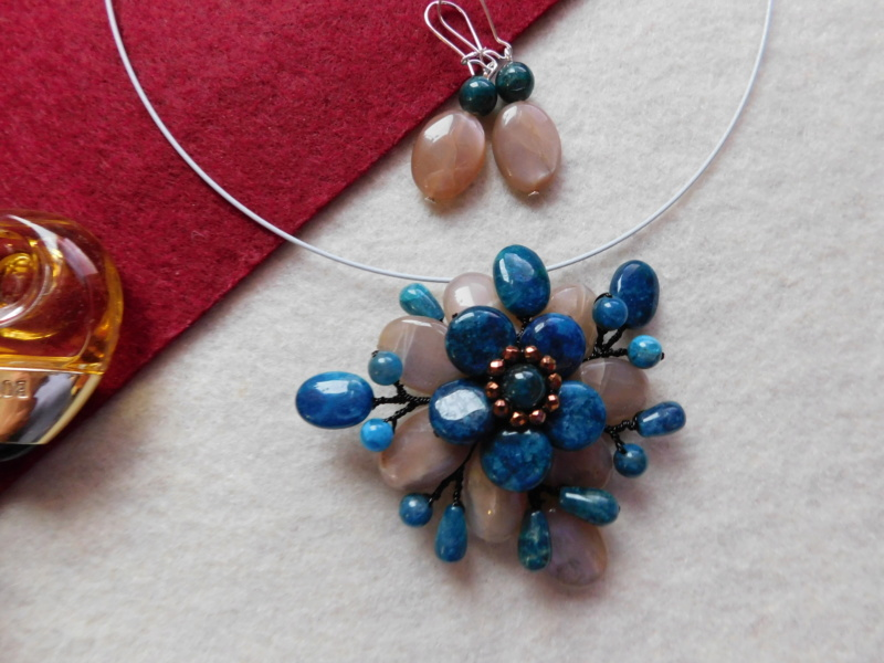 """""""Flori de piatră-Bijoux"""" albumul II-bijuterii artizanale marca Didina Sava - Pagina 2 02618"""